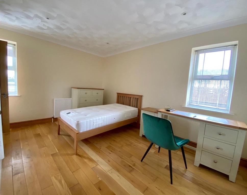 Cedars bedroom