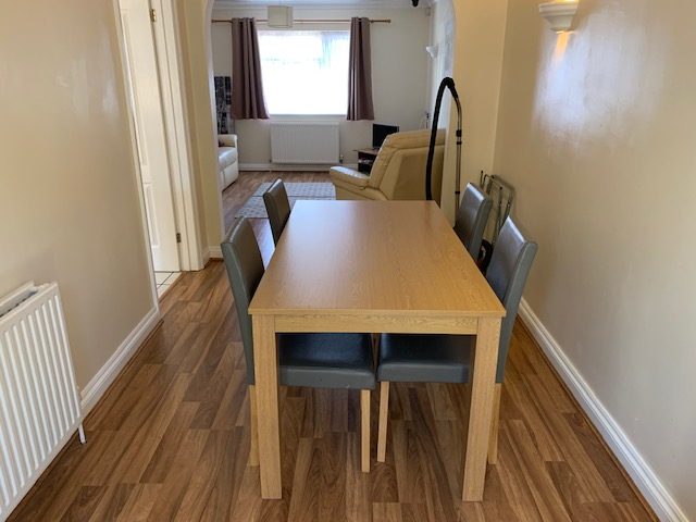 Dogsthorpe dining table