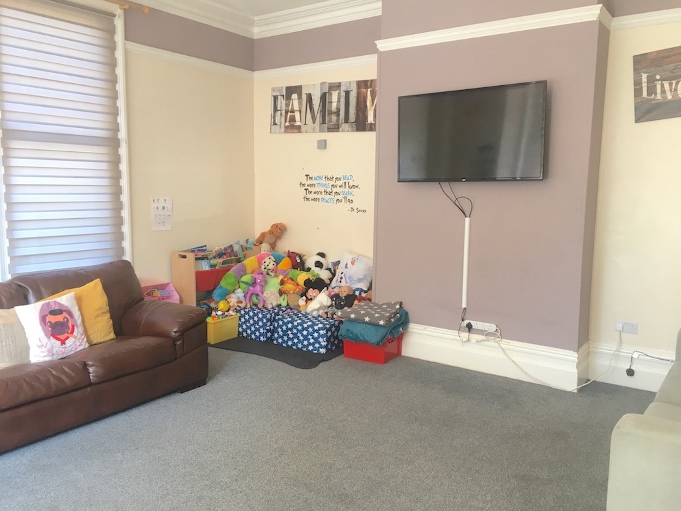 The Willows TV room