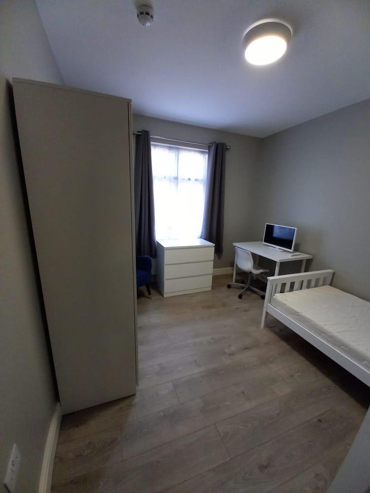Oxney bedroom