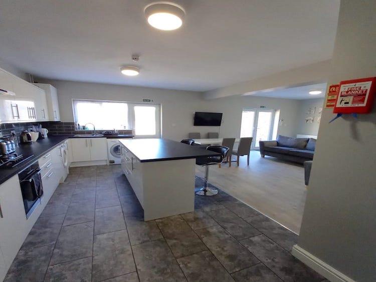 Oxney kitchen & living area